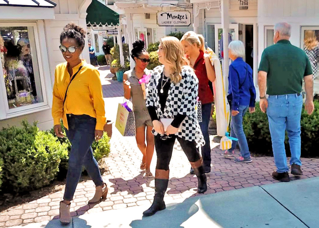 shopping in downtown Blowing Rock